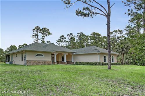 Photo of 2420 Valkaria Road, Malabar, FL 32950 (MLS # 911019)