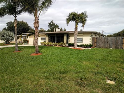 Photo of 132 E Gadsden Lane, Cocoa Beach, FL 32931 (MLS # 861028)
