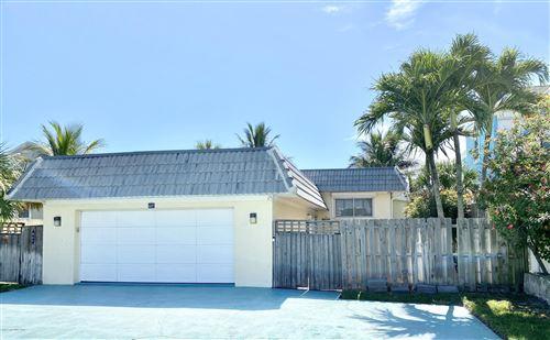 Photo of 807 S Atlantic Avenue, Cocoa Beach, FL 32931 (MLS # 881042)