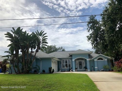 Photo of 268 Concha Drive, Sebastian, FL 32958 (MLS # 888060)