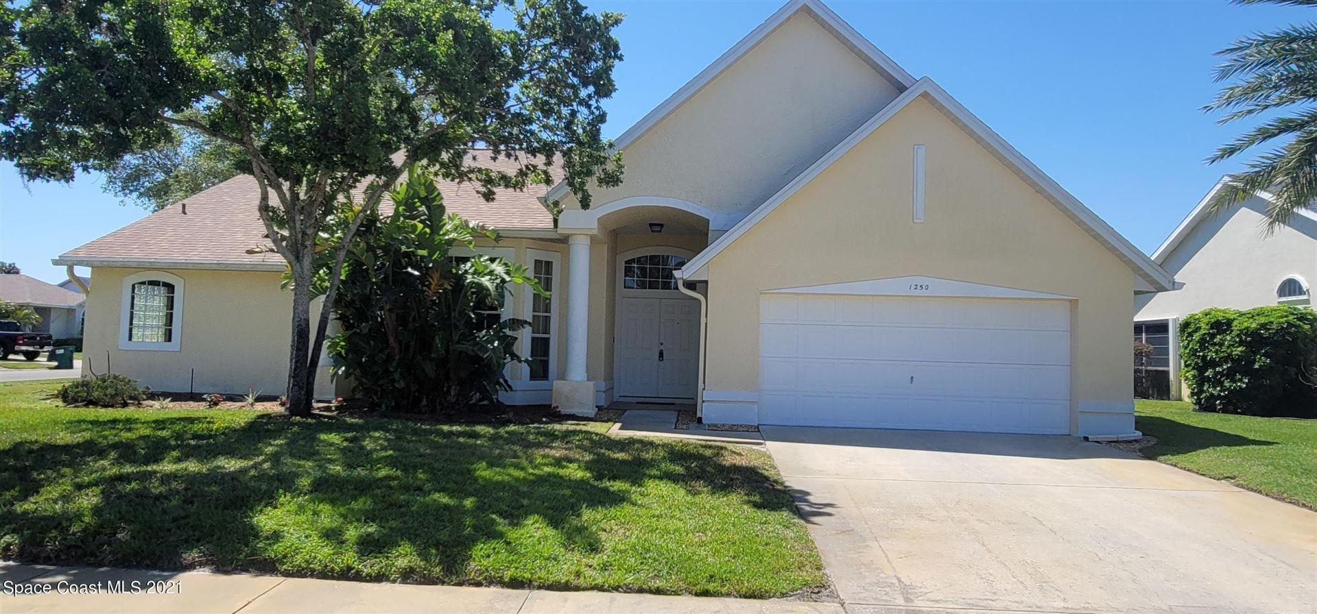 1250 Pemberton Trail, Malabar, FL 32950 - #: 902061