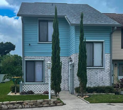 Photo of 285 Nottingham Place, Merritt Island, FL 32953 (MLS # 912063)