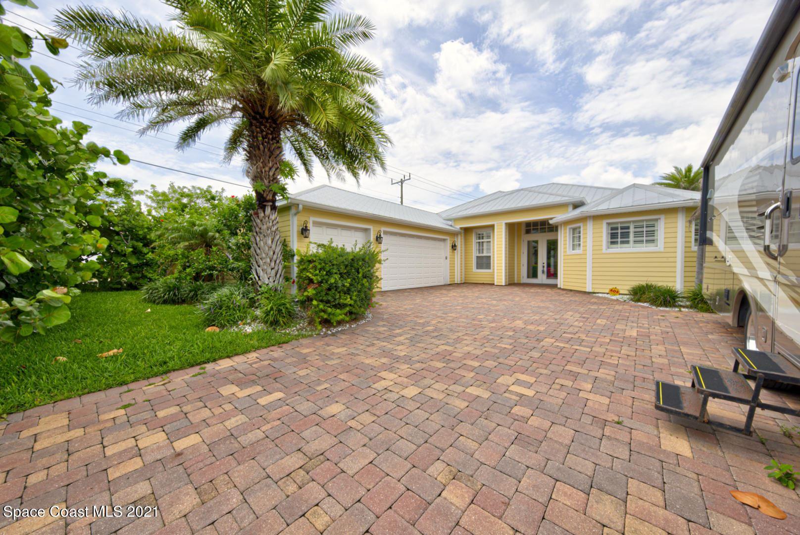 410 S 11th Street, Cocoa Beach, FL 32931 - #: 908077