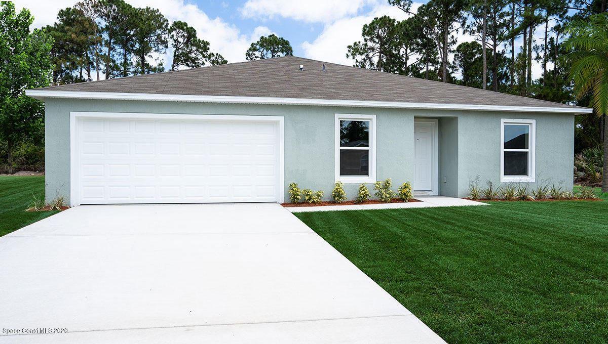 1560 SE Rushmore Avenue, Palm Bay, FL 32909 - #: 887086