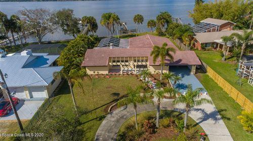 Photo of 600 Lucas Place, Merritt Island, FL 32953 (MLS # 897094)