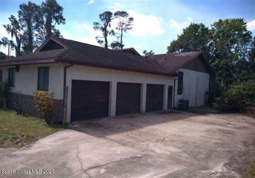 Photo of 470 S Carpenter Road, Titusville, FL 32796 (MLS # 904118)