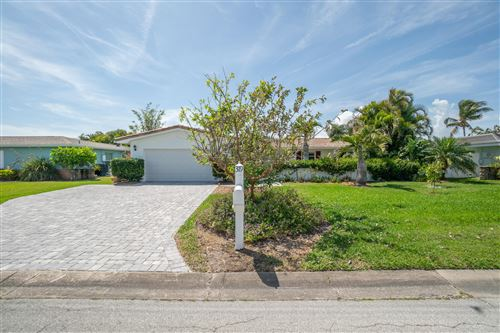 Tiny photo for 319 Dorset Drive, Cocoa Beach, FL 32931 (MLS # 901131)