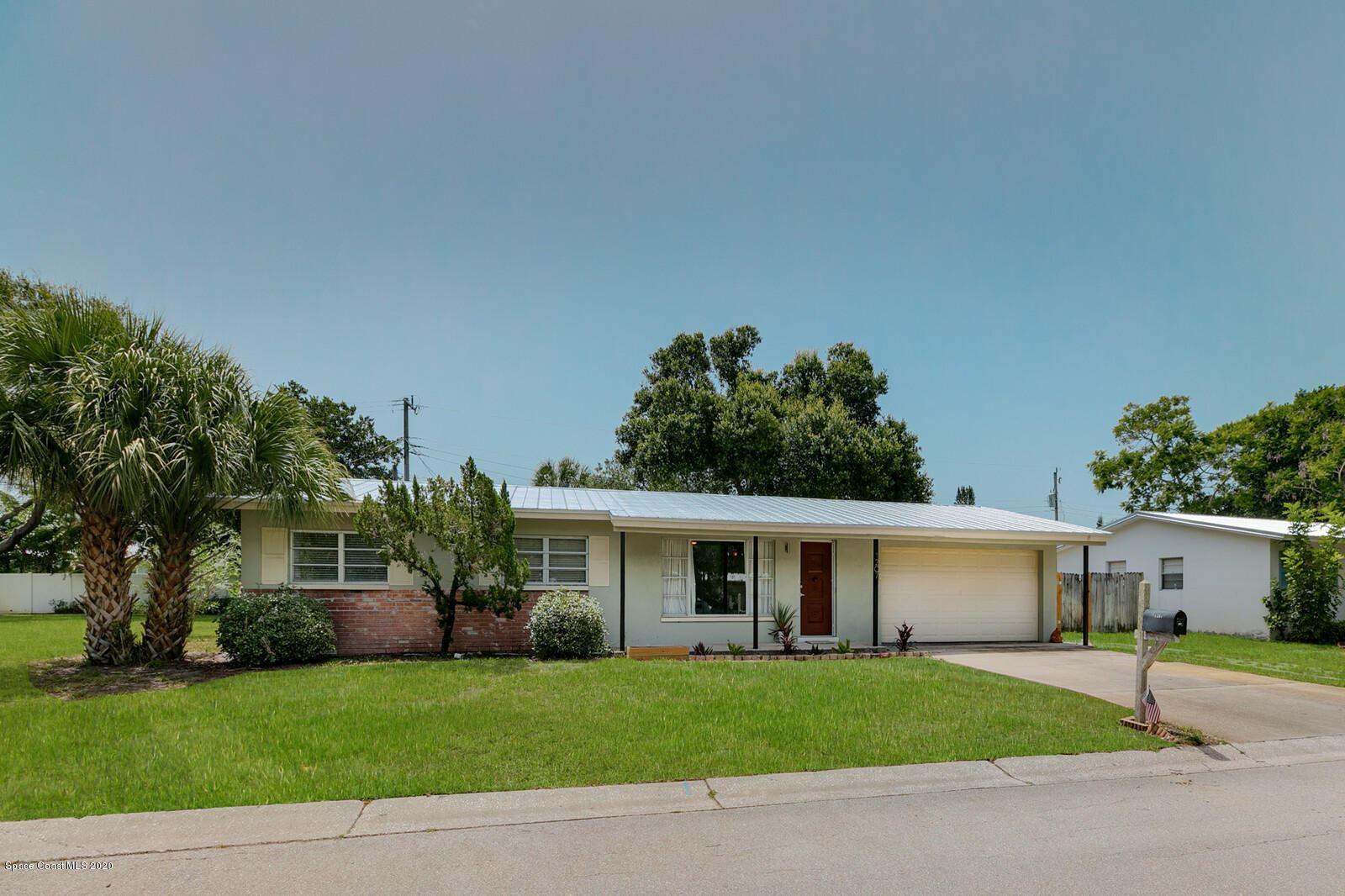 1207 Cheyenne Drive, Indian Harbour Beach, FL 32937 - #: 879187