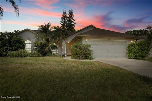 Photo of 1074 Guava Street, Sebastian, FL 32958 (MLS # 872202)