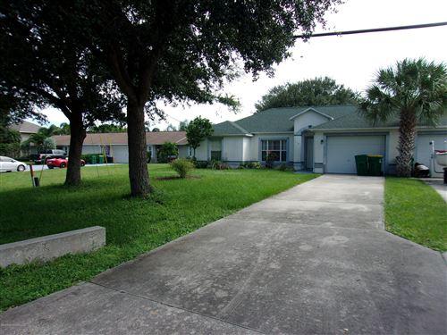 Photo of 117 Gator Drive, Merritt Island, FL 32953 (MLS # 886235)