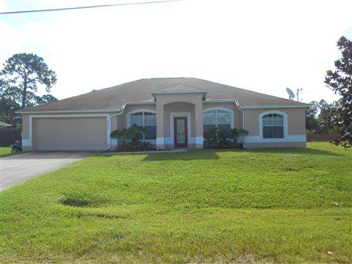 Photo of 2777 SW Fitzpatrick Avenue, Palm Bay, FL 32908 (MLS # 881243)
