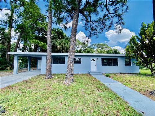 Photo of 614 S Georgia Avenue, Cocoa, FL 32922 (MLS # 904250)