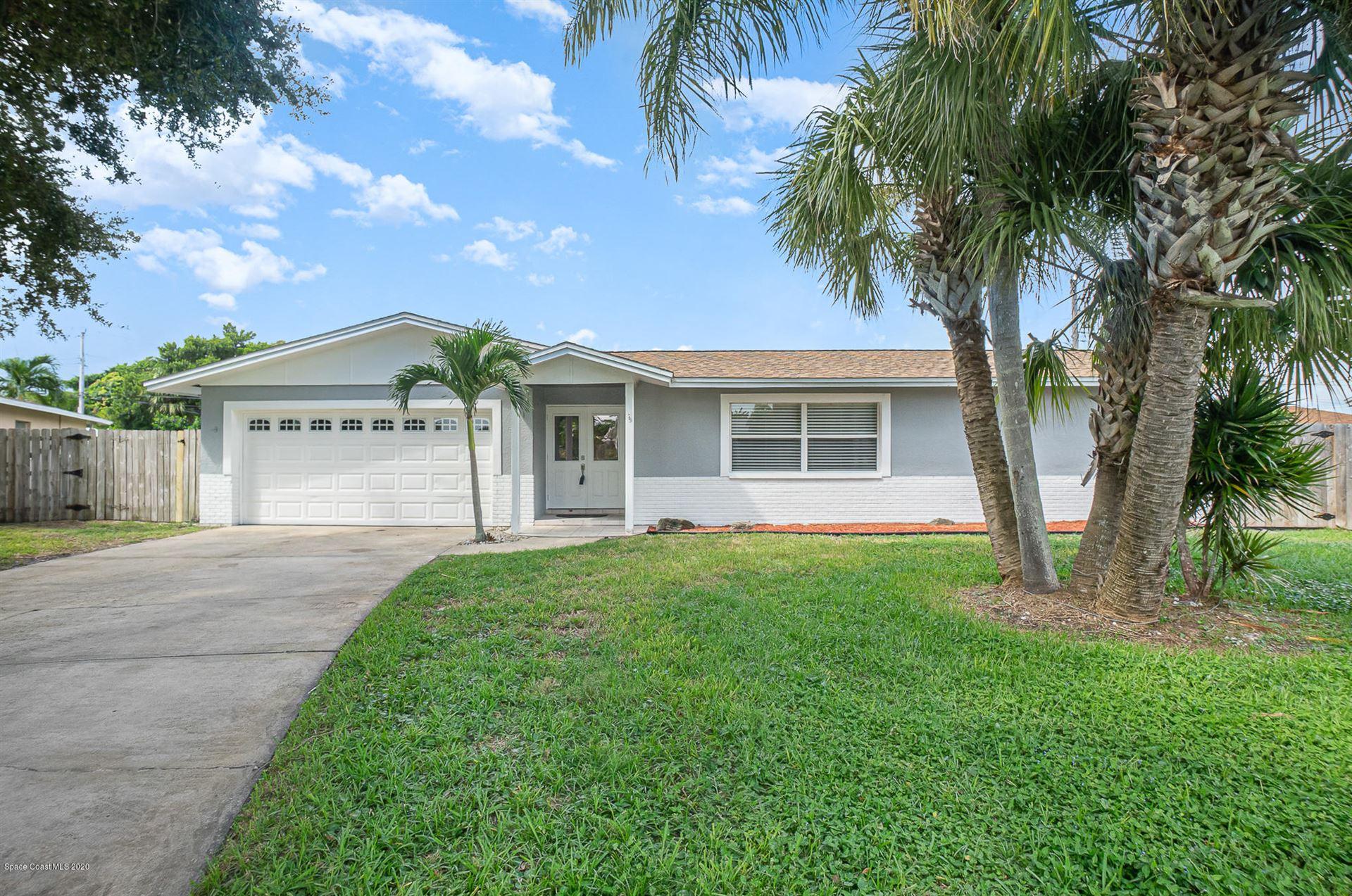 555 Gateway Drive, Merritt Island, FL 32952 - #: 885266