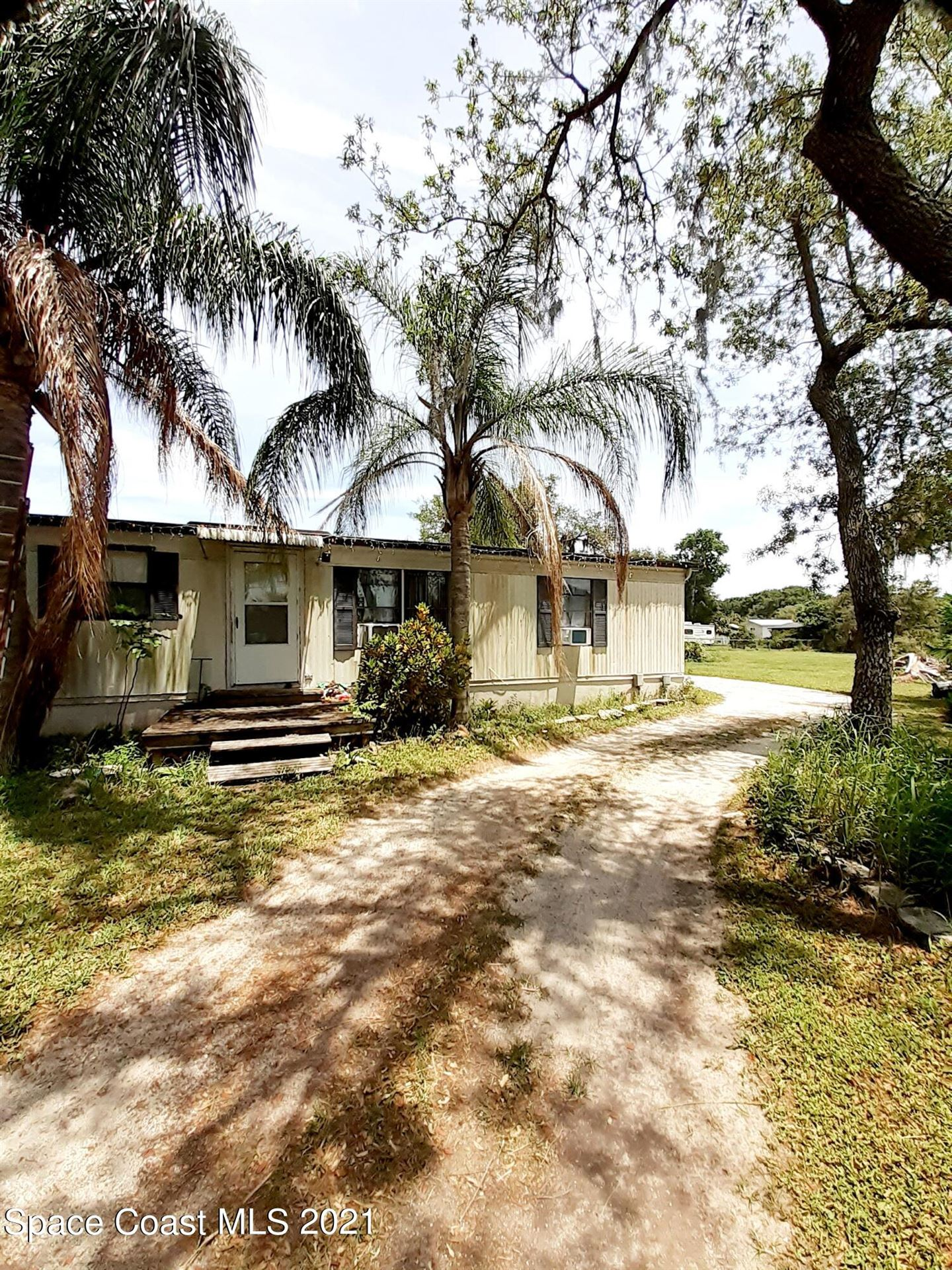 3435 Old Dixie Highway, Mims, FL 32754 - #: 905288