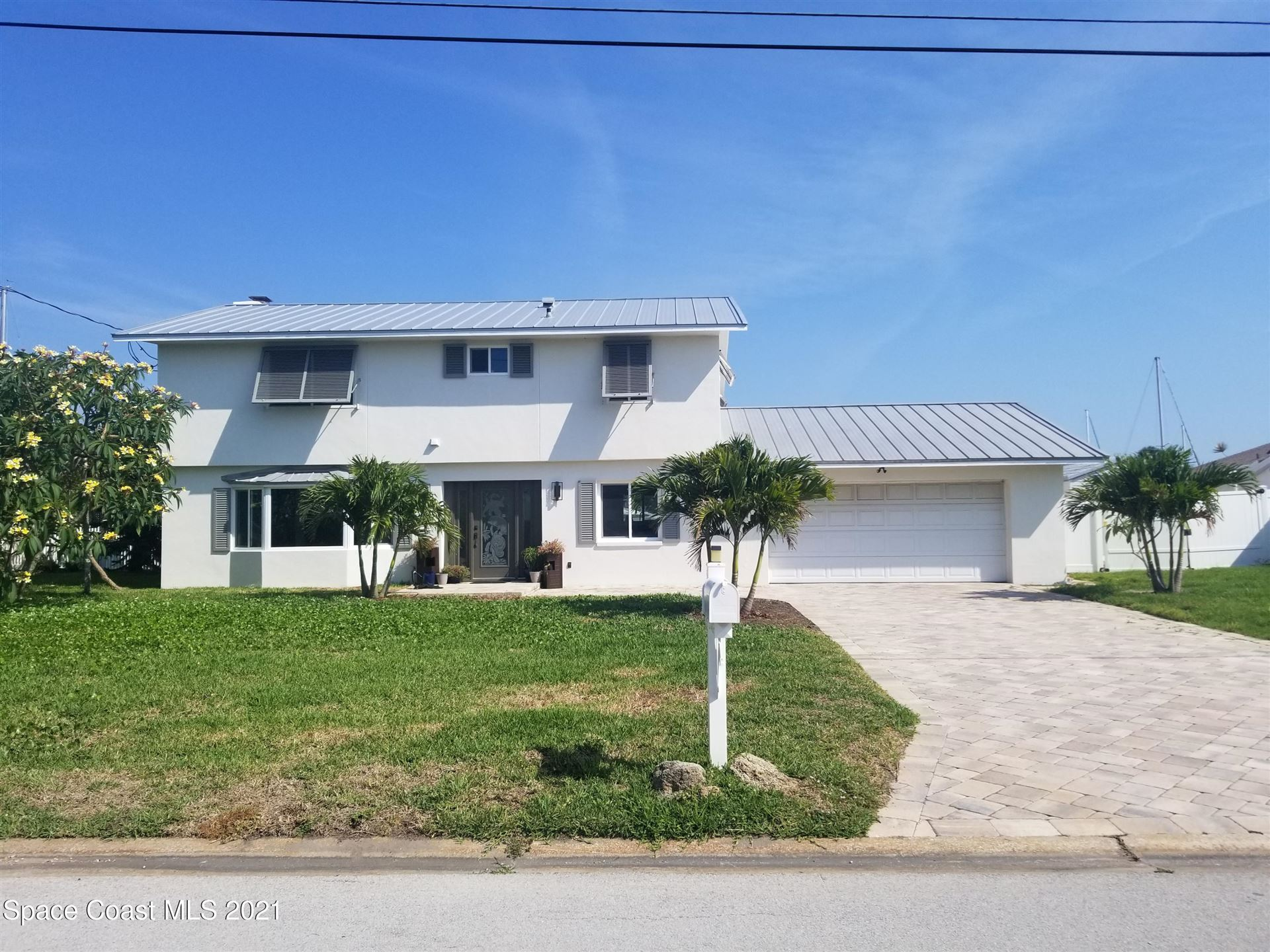 518 Eleuthera Lane, Indian Harbour Beach, FL 32937 - #: 904333