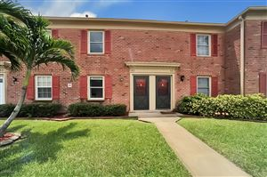 Photo of 923 N Colonial Court #31, Indian Harbour Beach, FL 32937 (MLS # 852353)