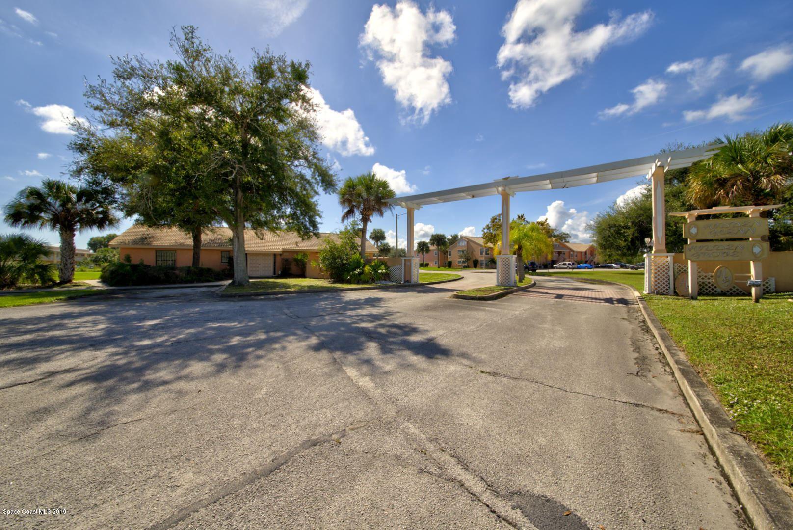 2097 Hidden Grove Lane #212, Merritt Island, FL 32953 - #: 897401