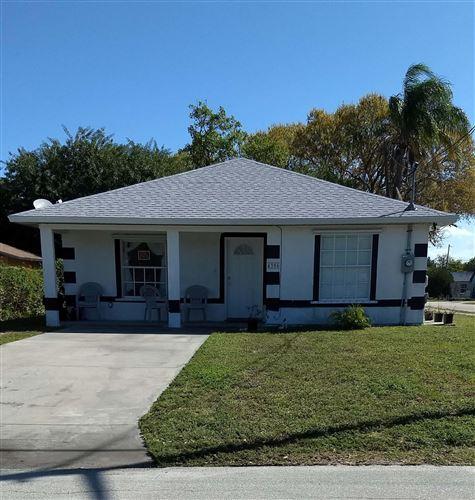 Photo of 4306 27th Avenue, Vero Beach, FL 32967 (MLS # 864432)