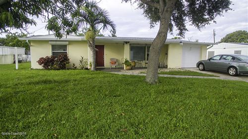 Photo of 125 W Gadsden Lane, Cocoa Beach, FL 32931 (MLS # 866499)