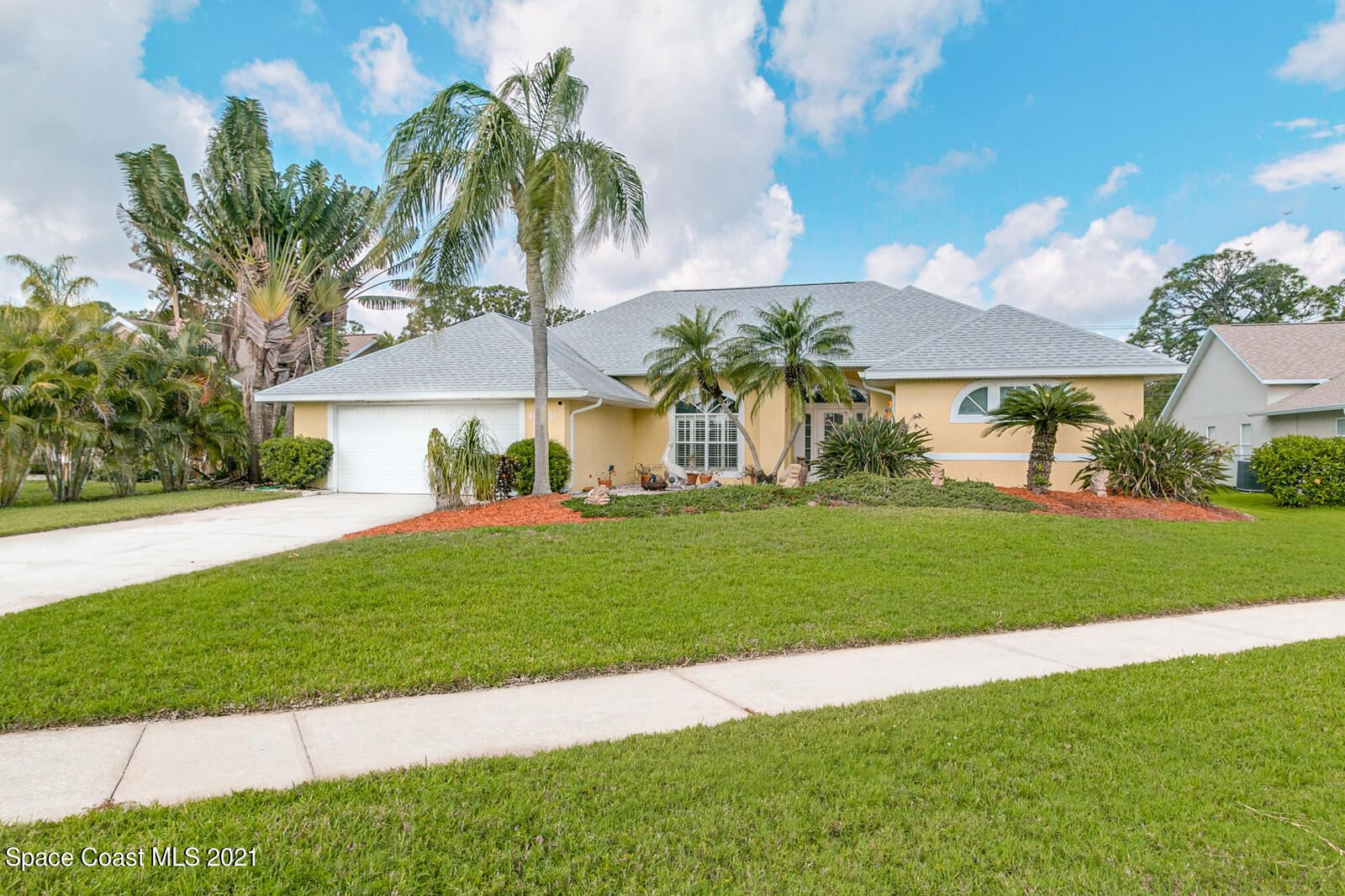 1050 Harbor Pines Drive, Merritt Island, FL 32952 - #: 904500