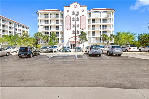 Photo of 801 Del Rio Way #401, Merritt Island, FL 32953 (MLS # 871510)