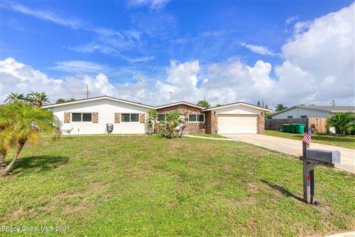 Photo of 1224 Seminole Drive, Indian Harbour Beach, FL 32937 (MLS # 910517)
