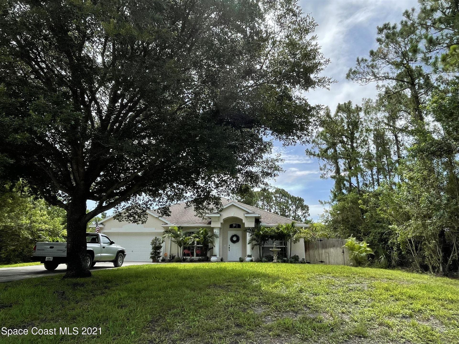 8476 103rd Court, Vero Beach, FL 32967 - #: 909538