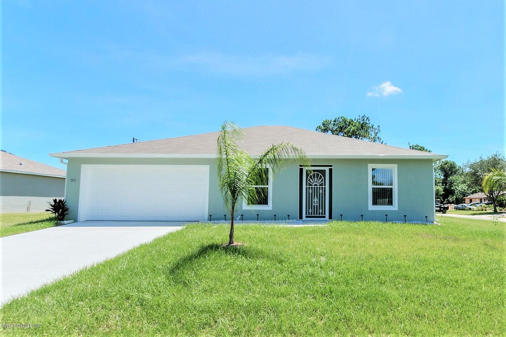 1352 Valencia Street, Palm Bay, FL 32909 - #: 884555