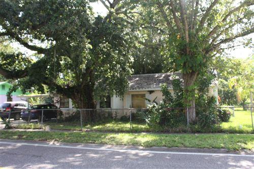 Photo of 123 Dixie Avenue, Titusville, FL 32796 (MLS # 879571)