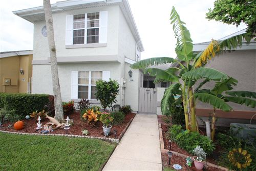 Photo of 1435 Malibu Circle #108, Palm Bay, FL 32905 (MLS # 888605)