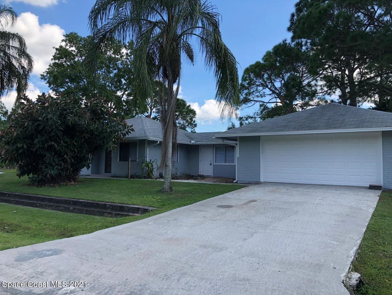 418 Entrada Street, Palm Bay, FL 32909 - #: 911656