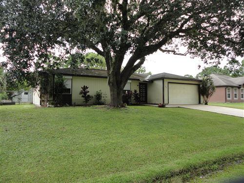Photo of 842 Schomer Avenue, Palm Bay, FL 32908 (MLS # 881660)