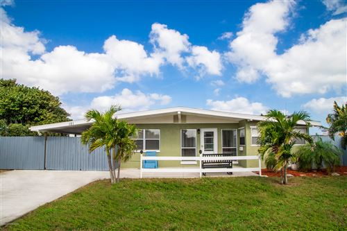 Photo of 121 NE 3rd Street, Satellite Beach, FL 32937 (MLS # 865680)