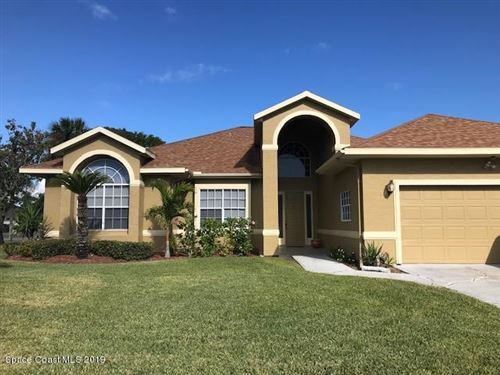Photo of 200 Sykes Point Lane, Merritt Island, FL 32953 (MLS # 862683)