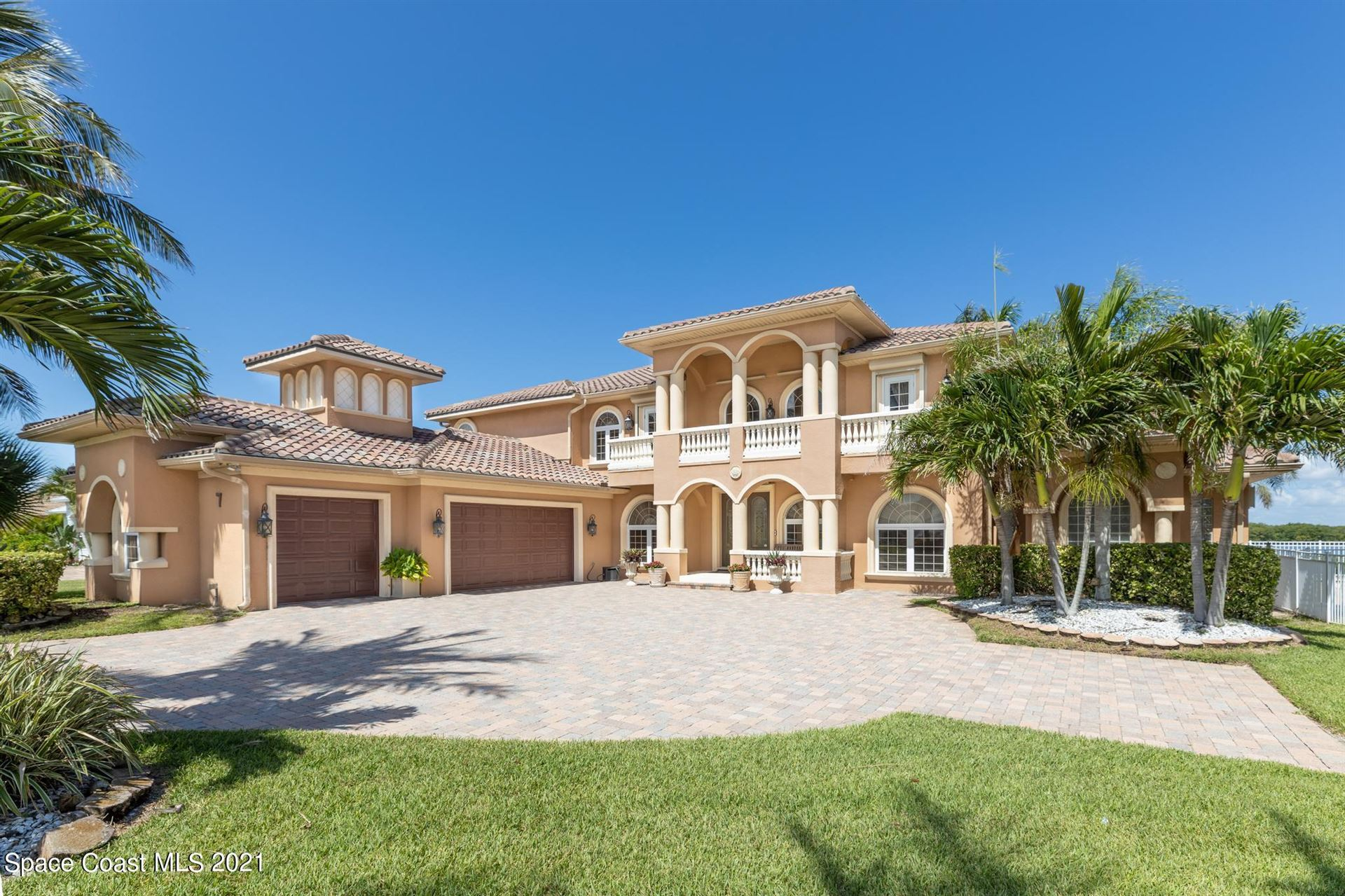 7 Cove View Court, Cocoa Beach, FL 32931 - #: 906798
