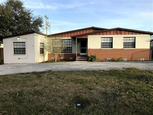 Photo of 809 Kensington Drive, Cocoa, FL 32922 (MLS # 865860)