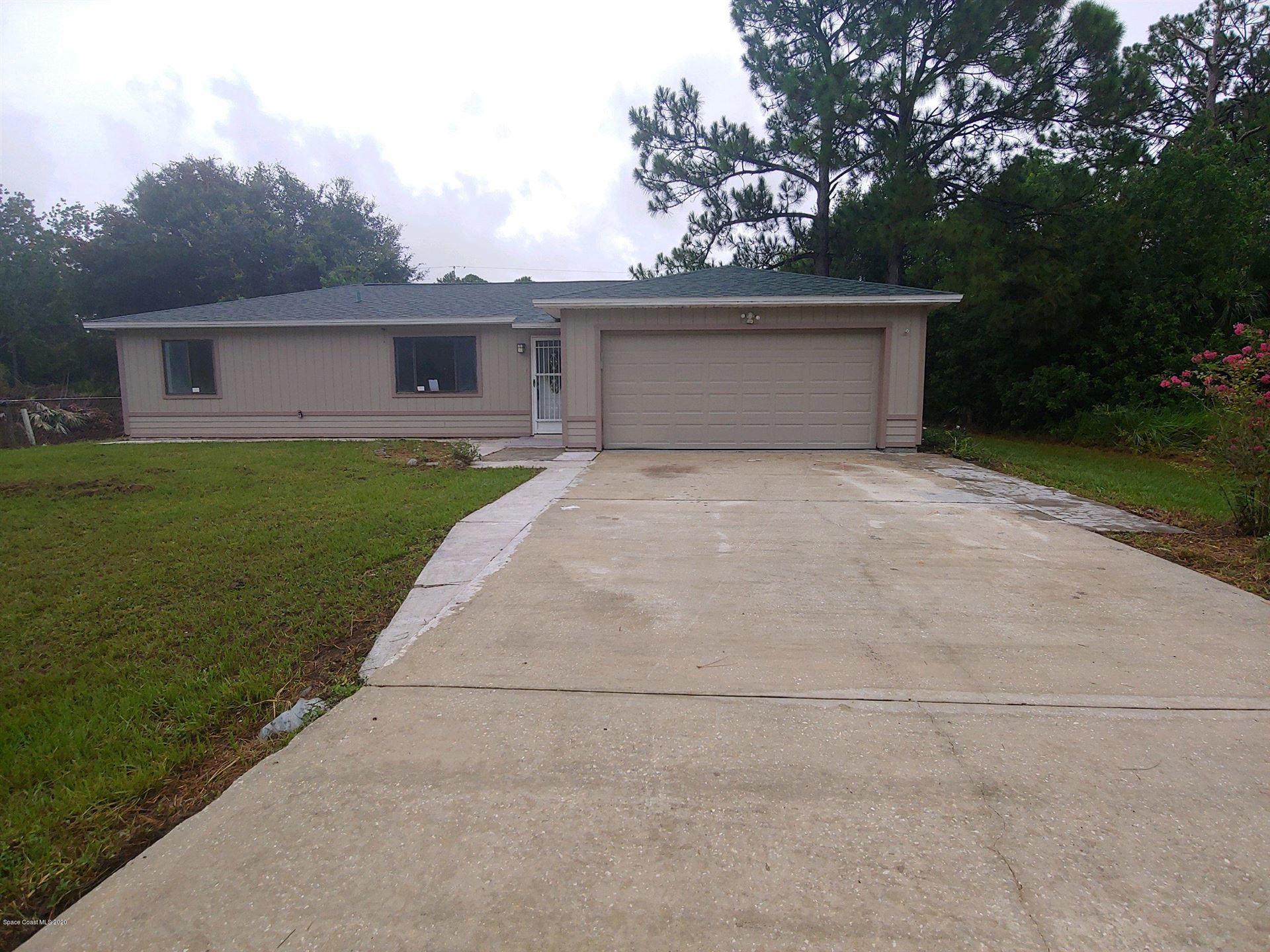 449 Bridgeport Avenue, Palm Bay, FL 32907 - #: 880868