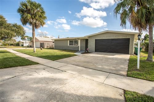 Photo of 1540 Saturn Street, Merritt Island, FL 32953 (MLS # 865881)