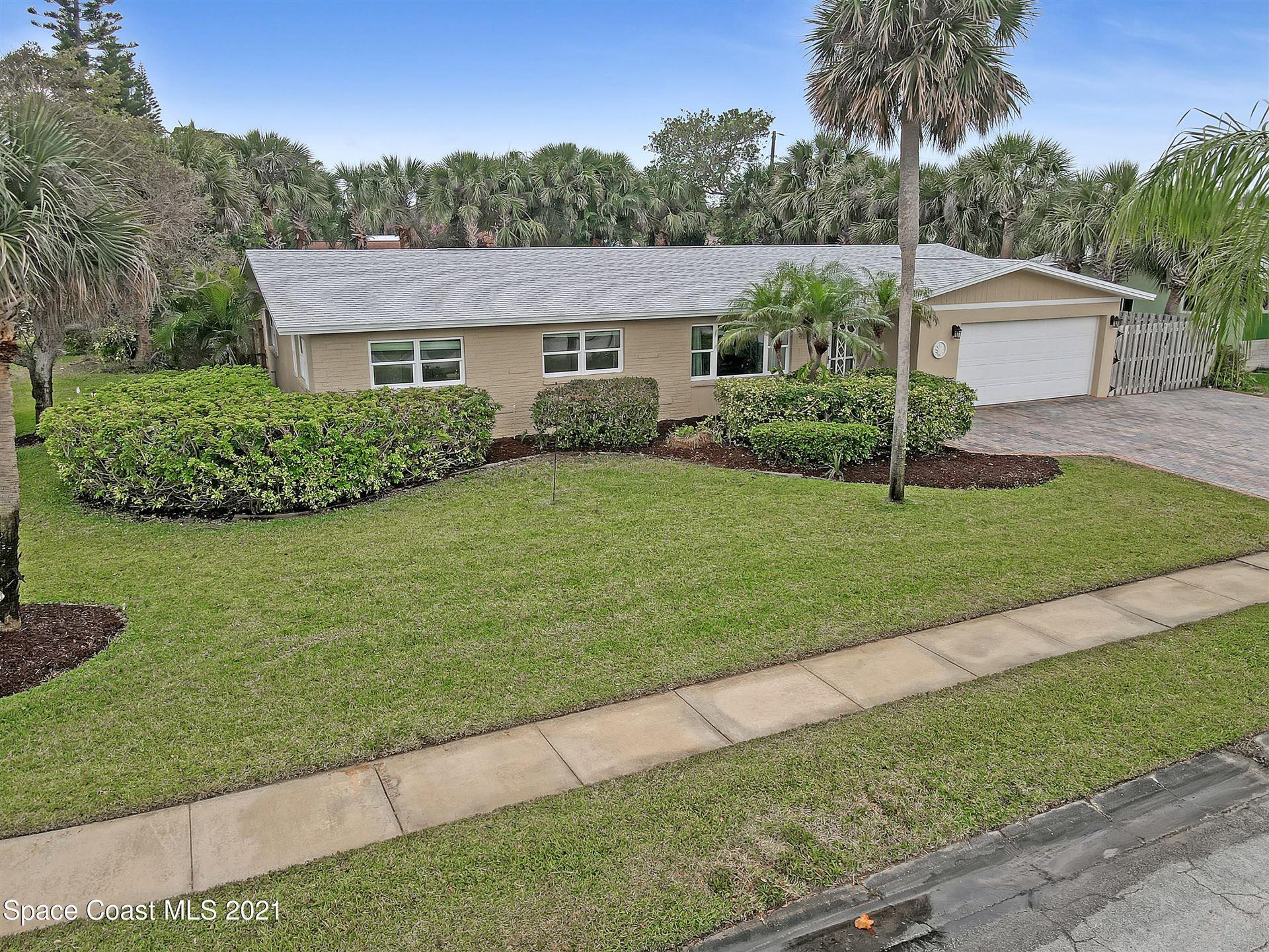 215 Lynn Avenue, Satellite Beach, FL 32937 - #: 901881