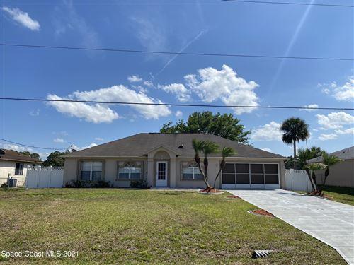 Photo of 1298 Heberling Street, Palm Bay, FL 32907 (MLS # 901900)