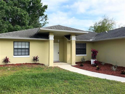 Photo of 817 Wentworth Street, Sebastian, FL 32958 (MLS # 890901)