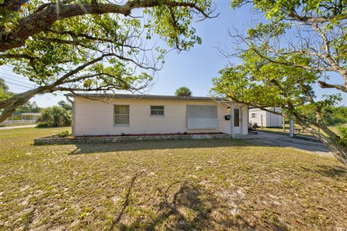 Photo of 41 Orchid Boulevard, Melbourne, FL 32901 (MLS # 901924)