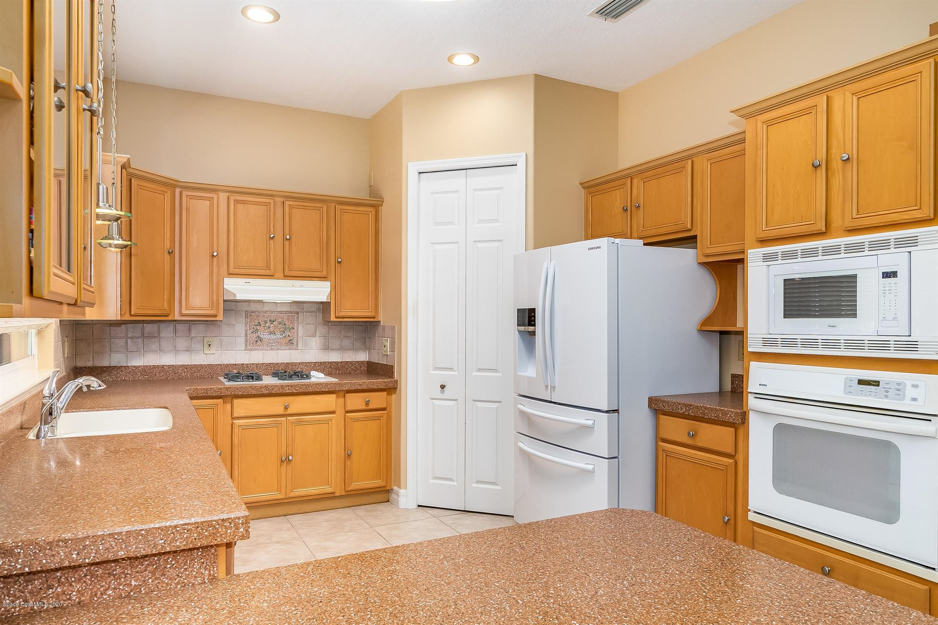 2000 Misty Harbor Place Merritt Island Fl 32952 Mls 874935 Listing Information Real Living Mutter Real Estate Group Real Living Real Estate