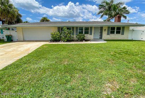 Photo of 1425 Anchor Lane, Merritt Island, FL 32952 (MLS # 911939)