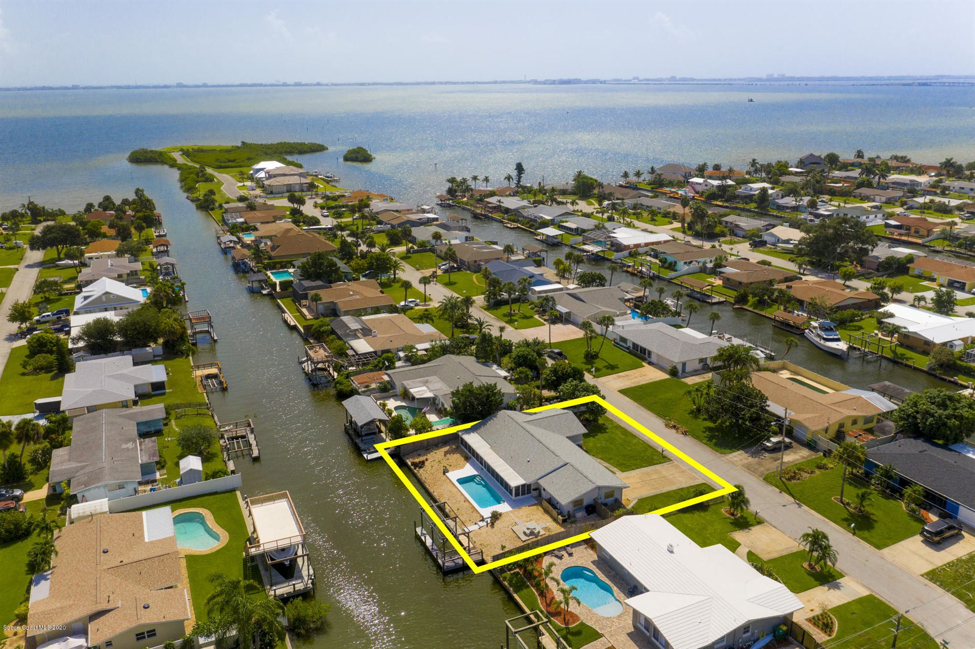 1624 Shore Drive, Merritt Island, FL 32952 - #: 883943