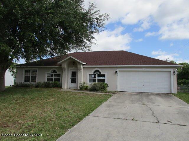1879 Parrsboro Street, Palm Bay, FL 32907 - #: 904966