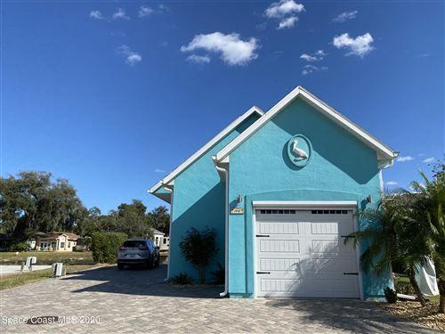 Photo of 1747 Platinum Drive, Titusville, FL 32796 (MLS # 894974)