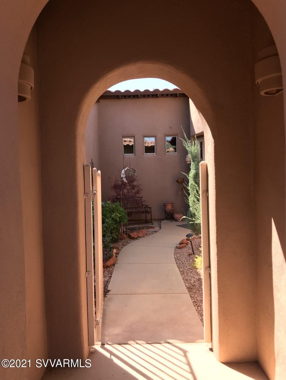 Photo of 70 Sin Salida, Sedona, AZ 86351 (MLS # 526040)