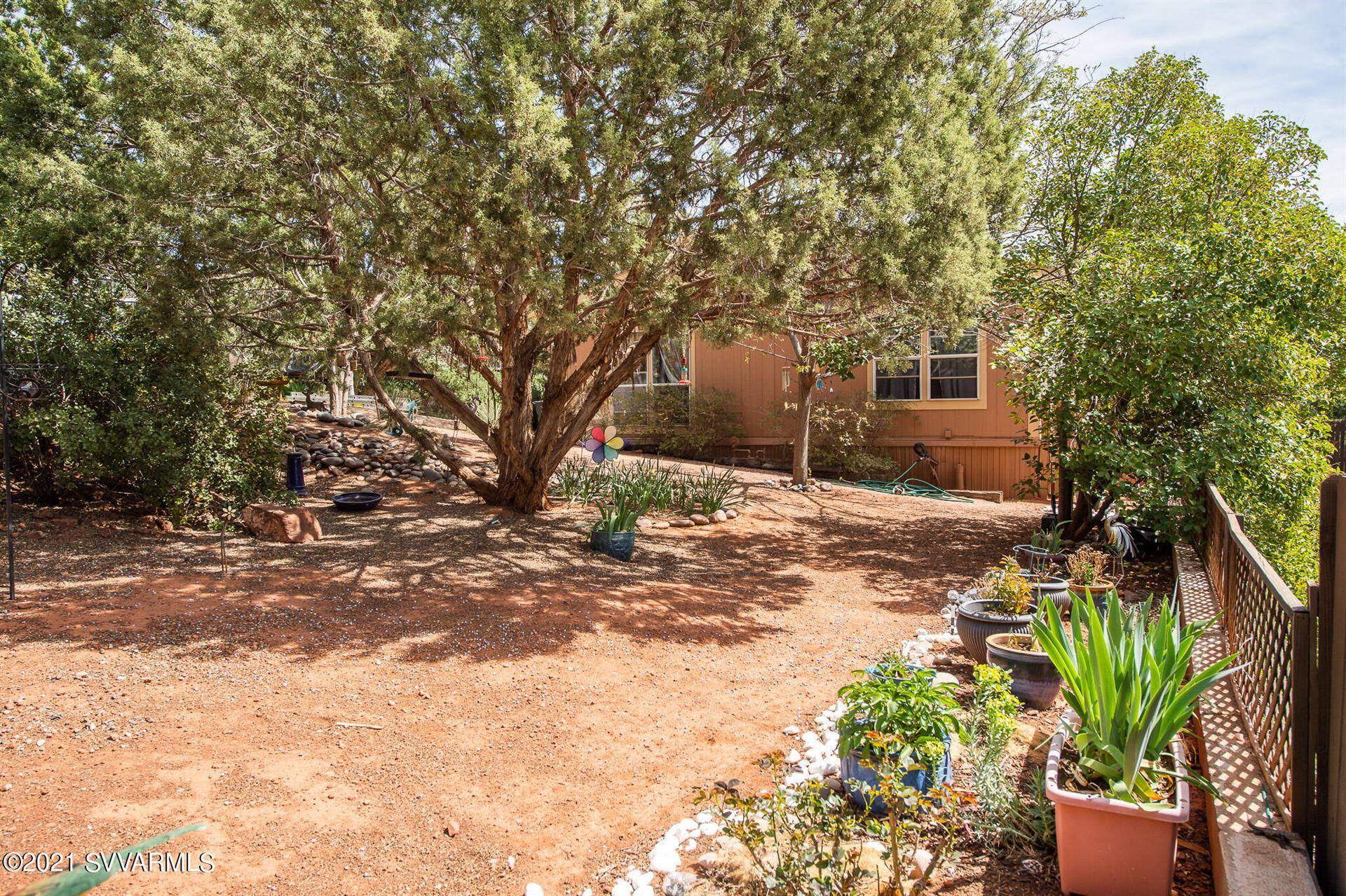 Photo of 40 Buena Vista Lane, Sedona, AZ 86336 (MLS # 526105)