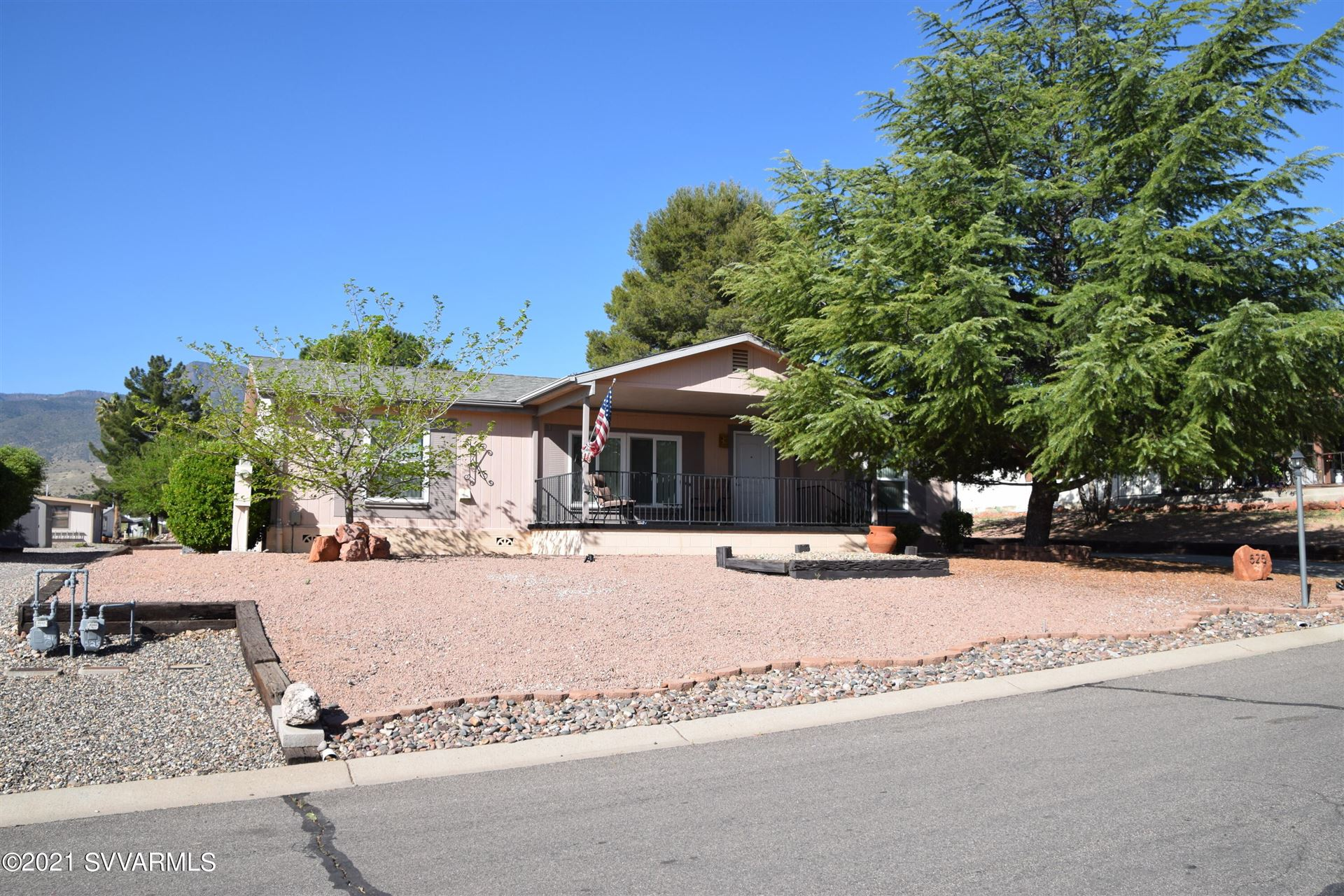 Photo of 525 Mingus Shadows Drive, Clarkdale, AZ 86324 (MLS # 526135)